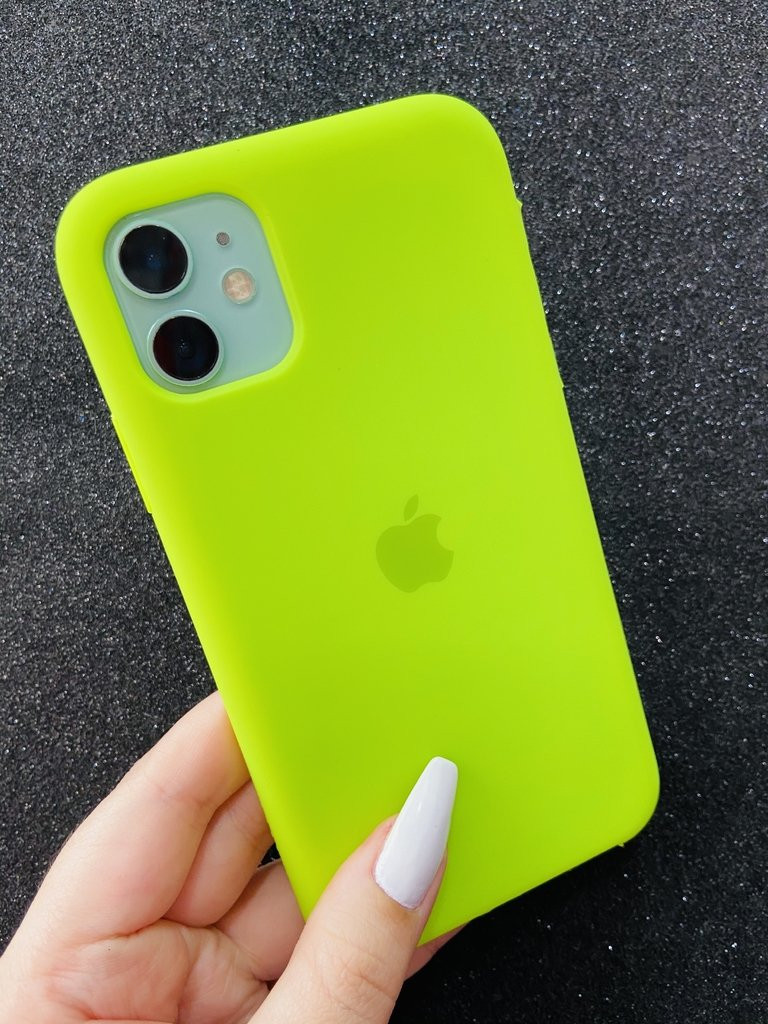 silicone case iphone 11 fechada embaixo